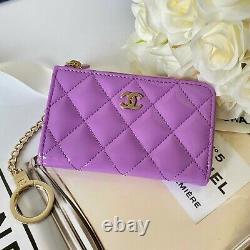 Authentique Chanel Key Pouch En Cuir Verni Nouveau Avecbox Dust Bag Copie De Réception