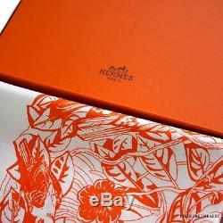 Authentique Hermes Tatonage Jungle Love Blanc / Orange Jacquard 90cm Foulard / Boîte Nouveau
