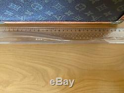 Authentique Louis Vuitton Vintage Cosmetic Case Box