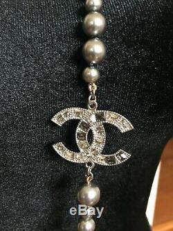 Chanel 3 CC Logo Gris Perle Cristal Collier Neuf Dans La Boîte 100% Authentique