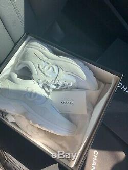 Chanel Chaussures De Sport Neuf Dans La Boîte Tous Blanc Authentique Suede 38