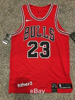En Main Michael Jordan Nike Chicago Bulls Authentique Icône Jersey Tn-o Avec La Boîte