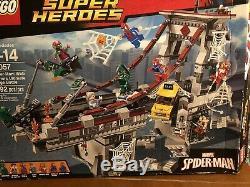 Lego Spider-man Pont Bataille Ultime 76057 Retraite Authentique Marvel Ouvert Box