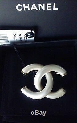 Nwt Authentique Chanel'17p CC Logo Perle Broche Withbox, Sac, Étiquette Originale