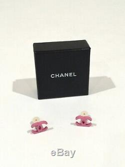 Tres Rare 100% Authentique Nouveau Logo Vintage Rose CC Chanel Boucles Etui